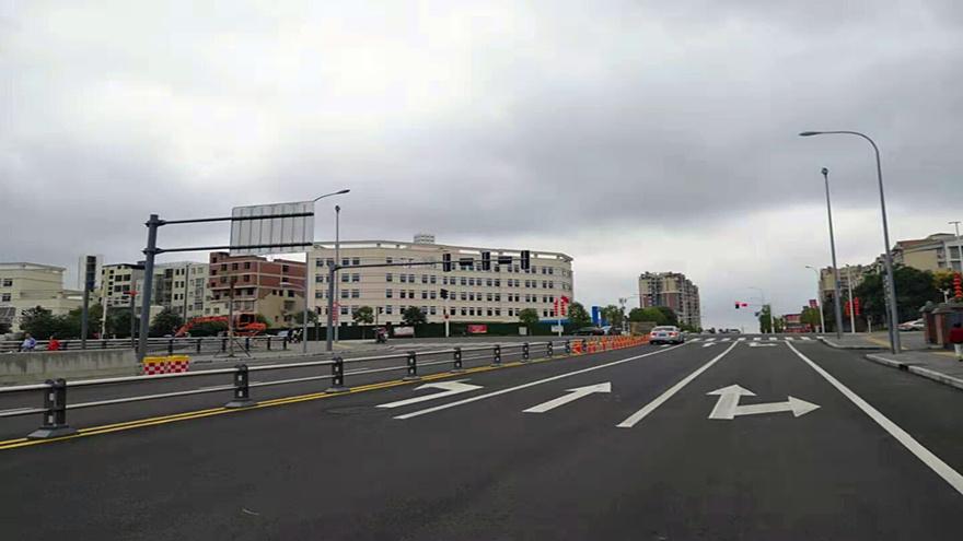 图片1:创业大道路口(往高新区方01向)_副本