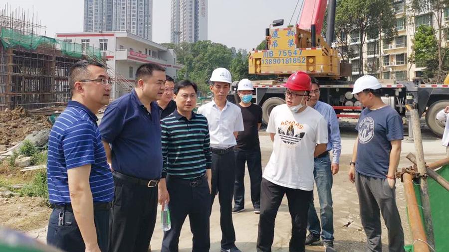 04集团党委书记、董事长肖林赴项目建设现场检查安全生产工作_副本